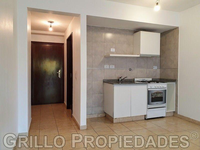 Lote de terreno de 406m2 en Balneario Reta a metros del mar.